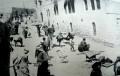 Arabieren plunderen de eeuwenoude Joodse wijk in Oost-Jeruzalem.