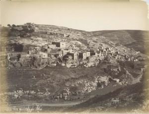 Joden bouwen als eersten in Oost-Jeruzalem, hier het begin van de wijk Silwan (1890). Etnisch gezuiverd door het Jordaanse leger in 1948.